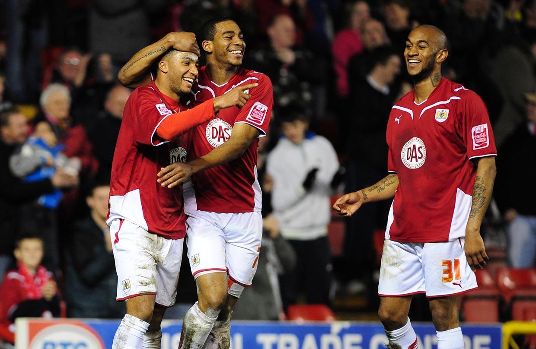 Bobby Reid brace gets Bristol City off to a great start