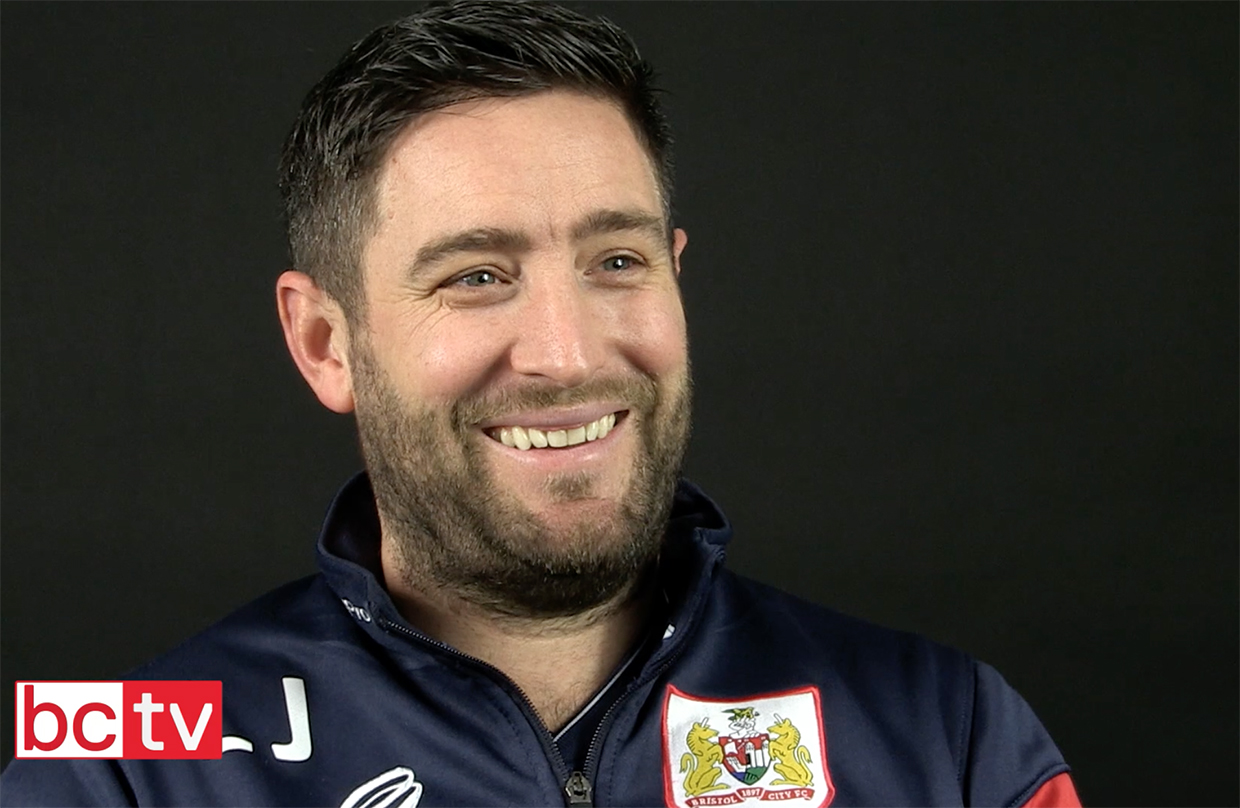Video: Lee Johnson Pre-Manchester United home thumbnail