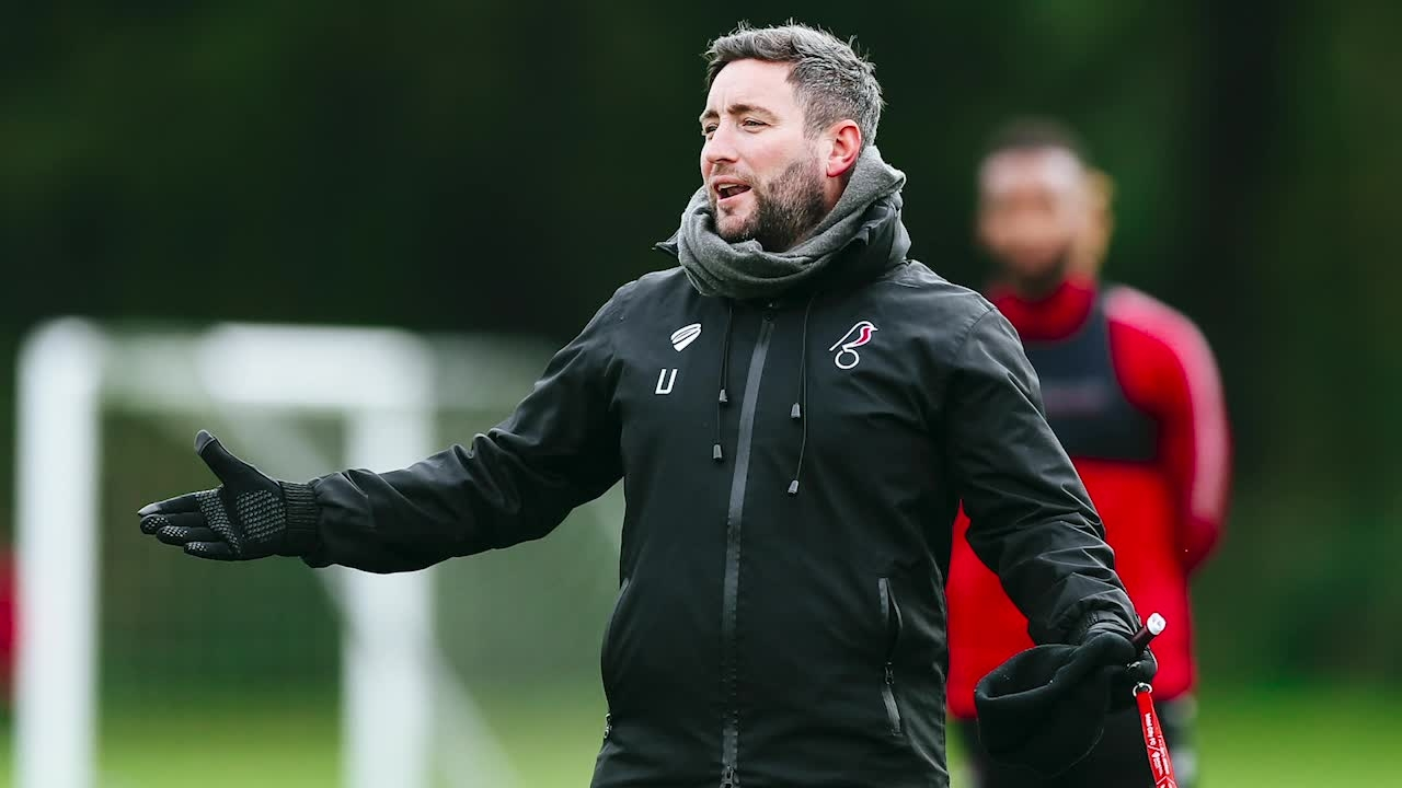 Lee Johnson pre-Cardiff City press conference thumbnail